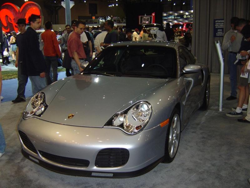 turbo-porsche-911-front-view