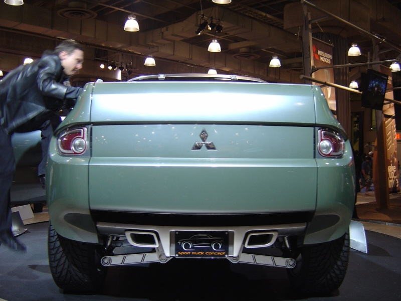 mitsubishi-sport-truck-concept