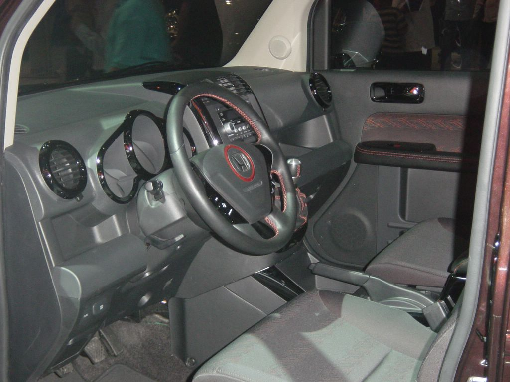 honda element interior view