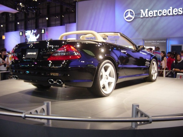mercedes rear view