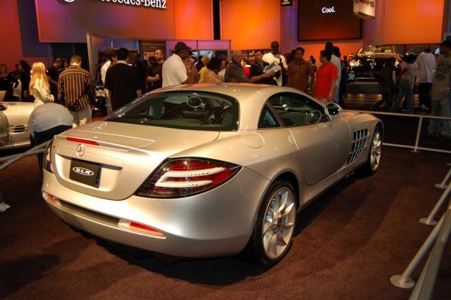mercedes slr rear view