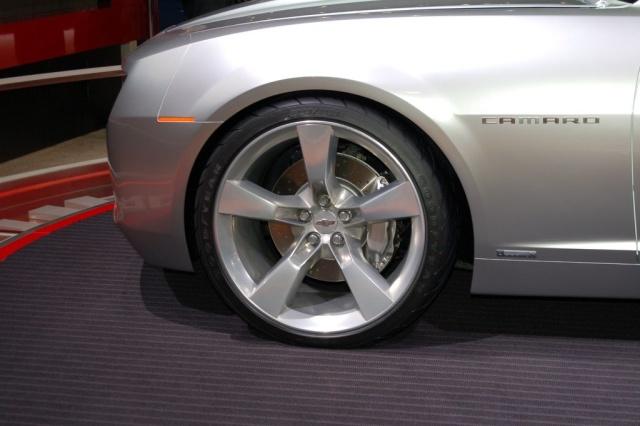 2007 chevy camaro rims