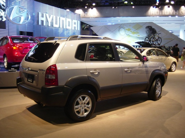 hyundai side view