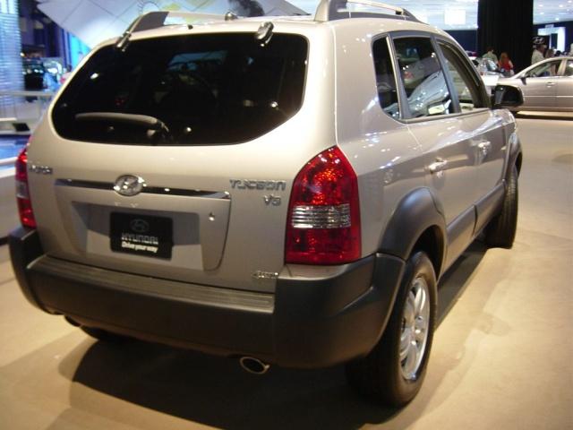hyundai tuscon rear view