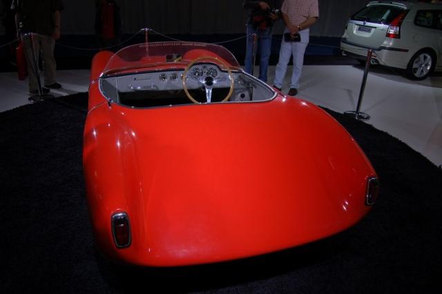 red sonnett rear view