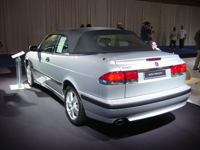 saab convertible rear view