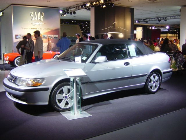 saab side view