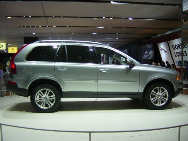 Volvo Xc90 V8 Sideview 2007 Volvo Car Pictures By