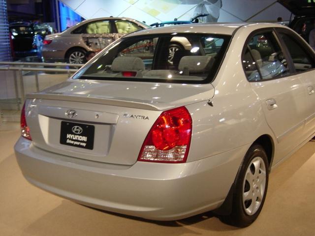elantra rear view